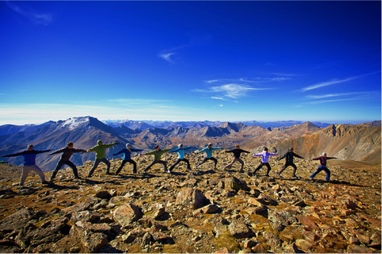 Flickr: Zach DIschner: 14er Yoga Gurus