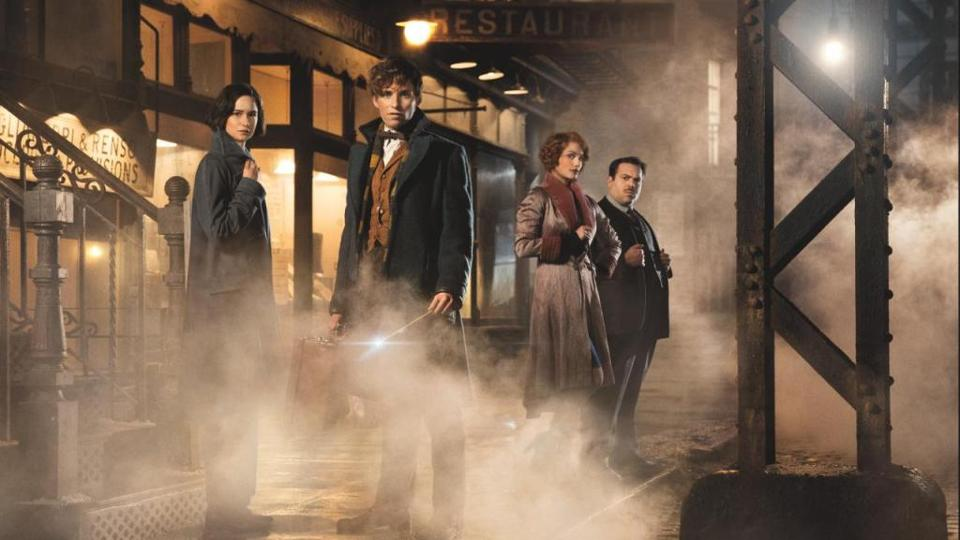 Fantastic Beasts and Where to Find Them (Spoiler-Free Review) – A Magically Original Trip Back to a Beloved World.