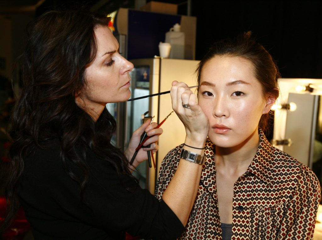 The Power of Makeup: To Wear or Not To Wear ?
