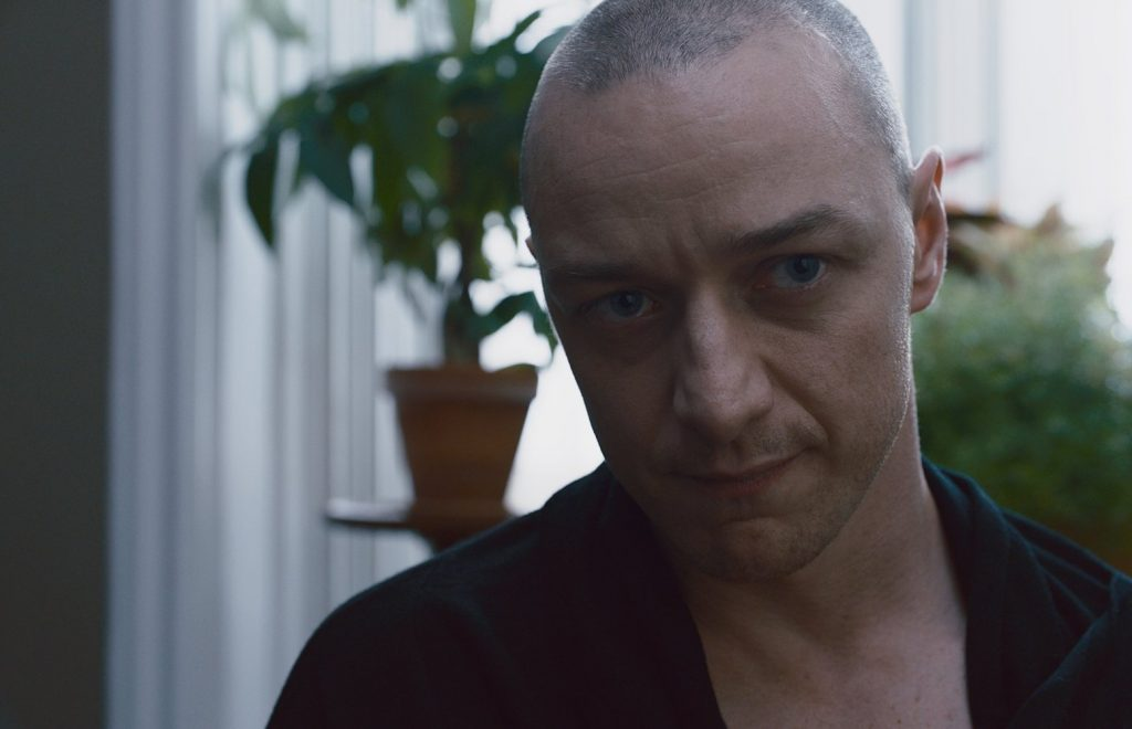 Split Review – Shyamalan's Back and Has Developed a New, Meaner Personality