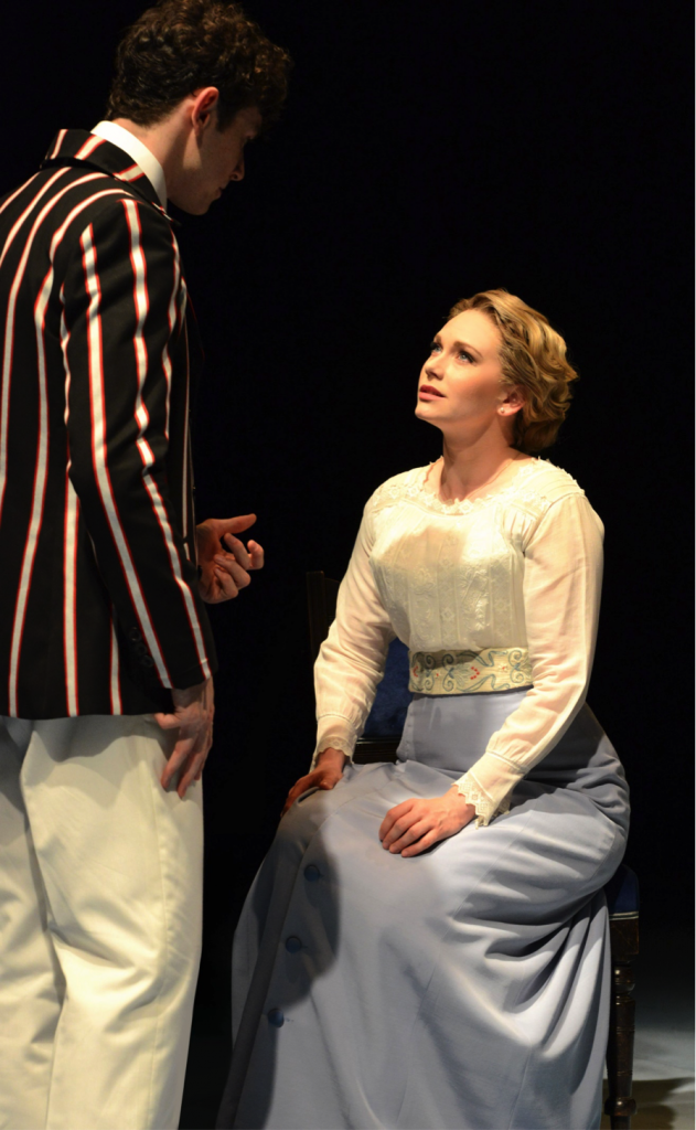 Emma Williams as Helen Walsingham Photo credit: Half a Sixpence