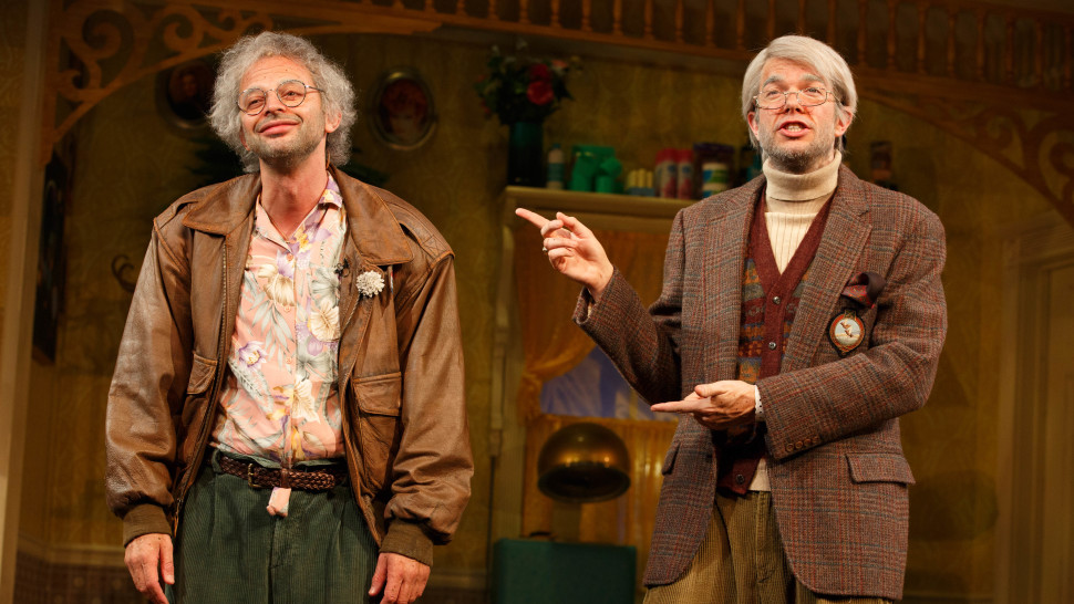 *'Oh Hello, Broadway' Review – Theatre is the hot new thing… on Netflix