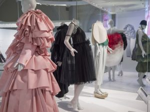 https://www.dezeen.com/2017/05/24/va-celebrates-legacy-of-fashion-designer-cristobal-balenciaga-in-new-exhibition/
