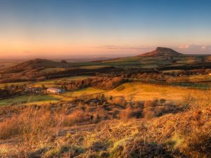 Roseberry-Topping-panorama-Colin-Carter