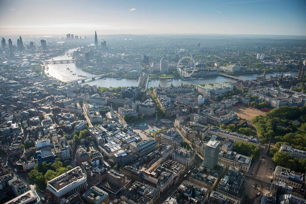 Photo Credit: Jason Hawkes http://www.ibtimes.co.uk/night-day-spectacular-aerial-photos-london-by-jason-hawkes-1449433