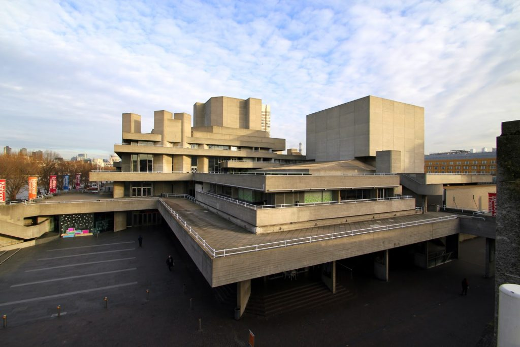 FIVE ways National Theatre Live has revolutionised theatre