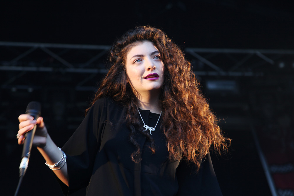 COVER PHOTO Lorde