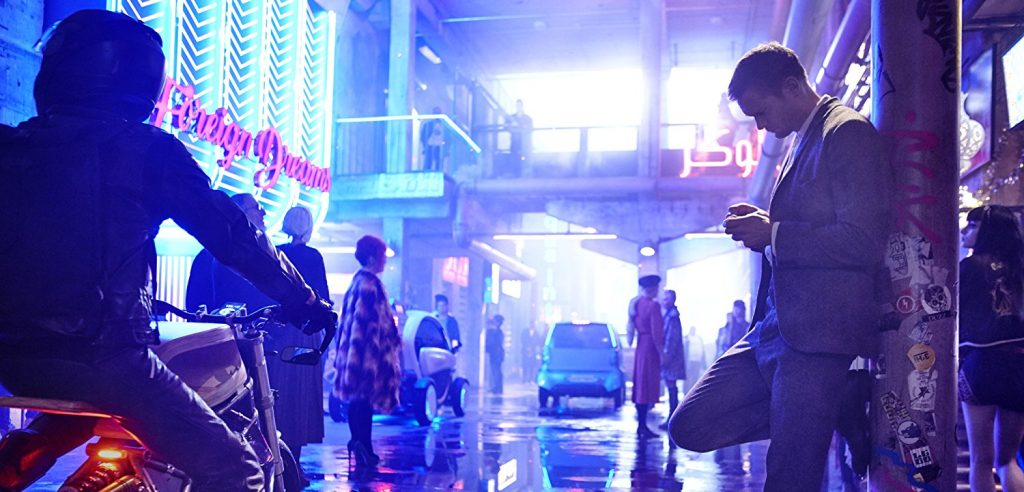 Mute Review – Tonally Confused and Narratively Uninspired, Duncan Jones' Sci-Fi Thriller Has Nothing New to Say