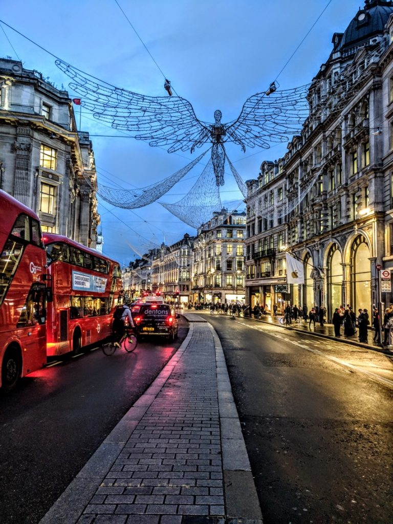 Top 5 Christmas Lights Displays in London.