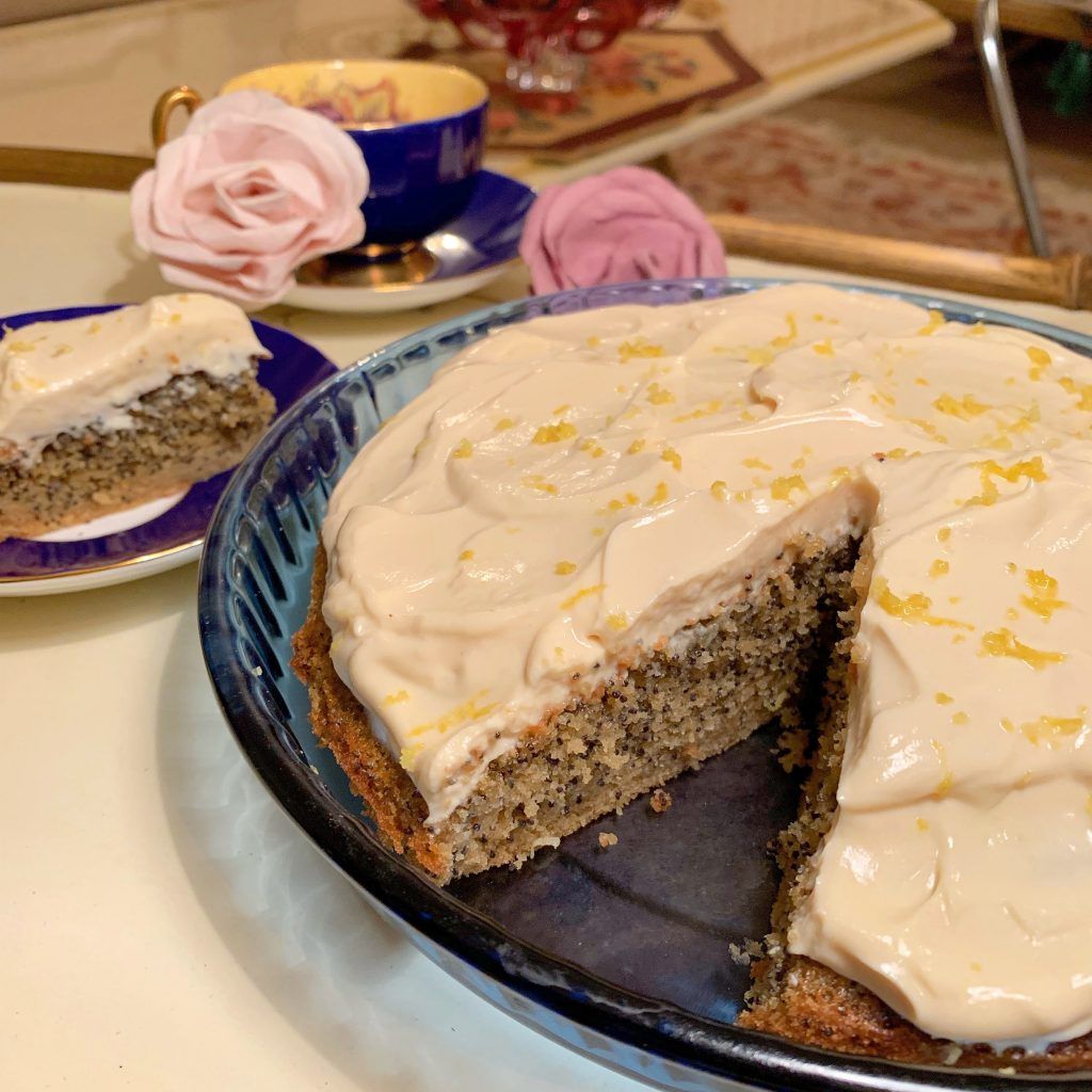 Recipe of the Week: Lemon & Poppy Seed Cake!