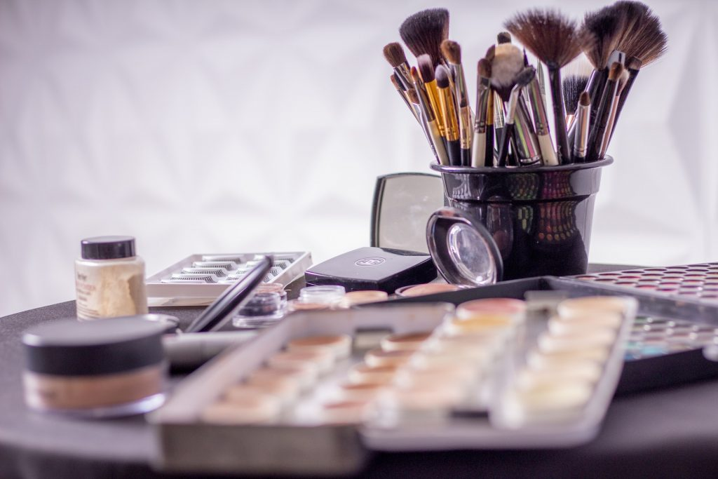 Is Makeup Feminist? An Honest Reconsideration