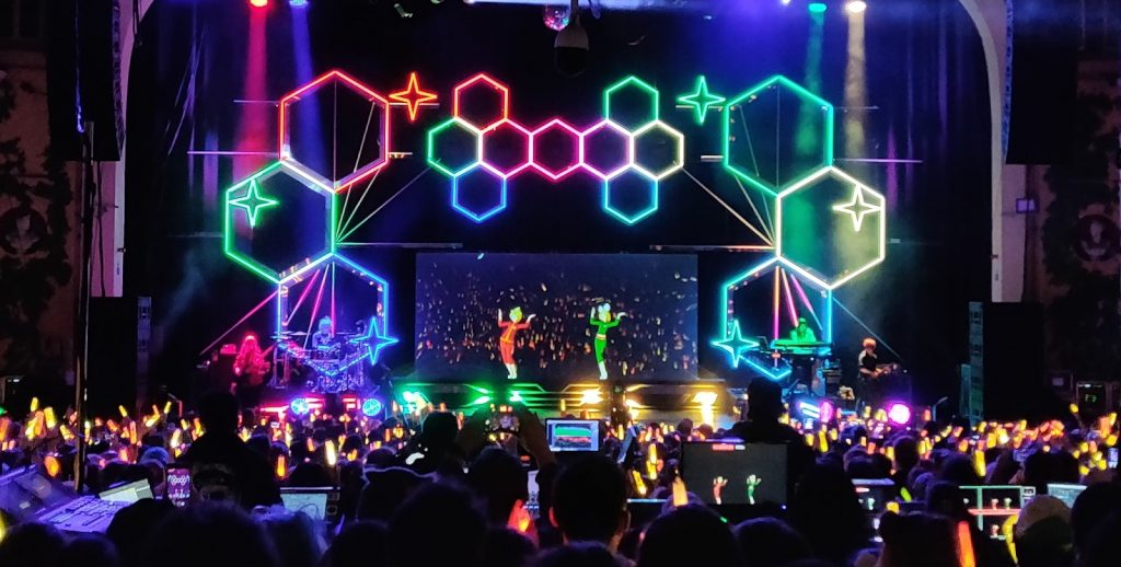 HOLOGRAMS GO HYPER @ HATSUNE MIKU EXPO 2020 // Music Monday