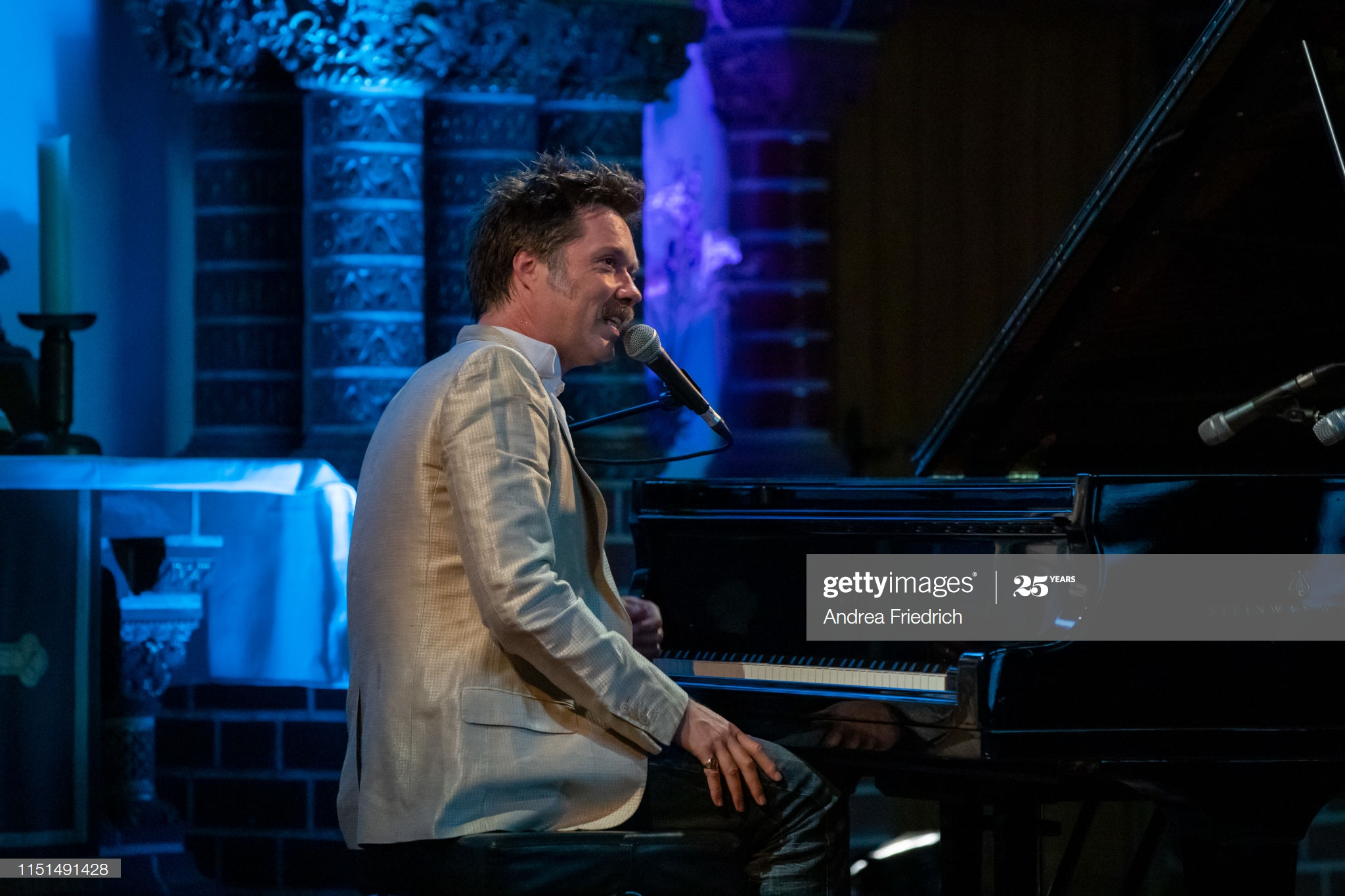 BERLIN, GERMANY - JUNE 22: Rufus Wainwright performs live on stage during a concert at Passionskirche on June 22, 2019 in Berlin, Germany. (Photo by Andrea Friedrich/Redferns)